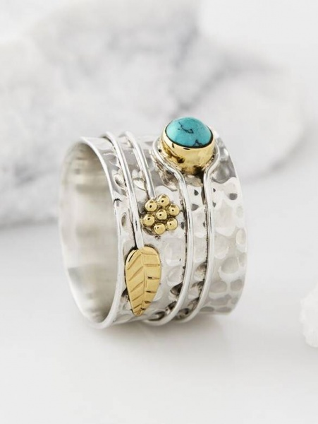 Charlotte's Web Turquoise Flower Ring
