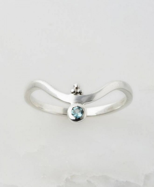 Charlotte's Web Jewellery Blue Topaz Holi  V stacking ring