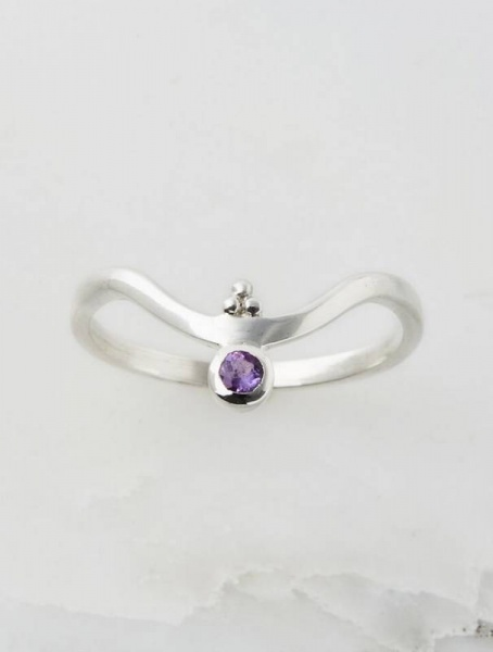 Charlotte's Web Jewellery Amethyst Holi  V stacking ring