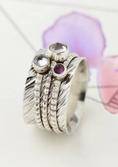 Charlotte's Web Wave Gemstone Spinning Ring